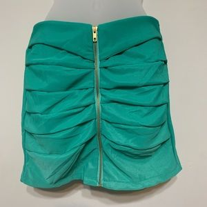 Dresses & Skirts - 80's style Rouched Front Zipper Skirt size S/M